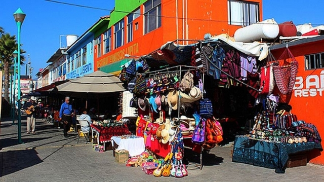 ensenada-shopping_0